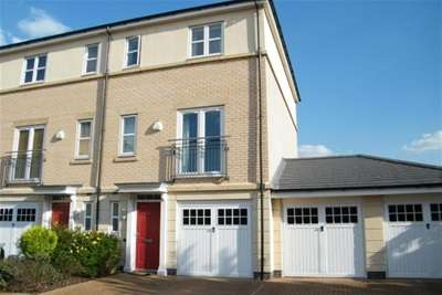 3 Bedrooms End Of Terrace House for rent in The Quays, Castle Marina