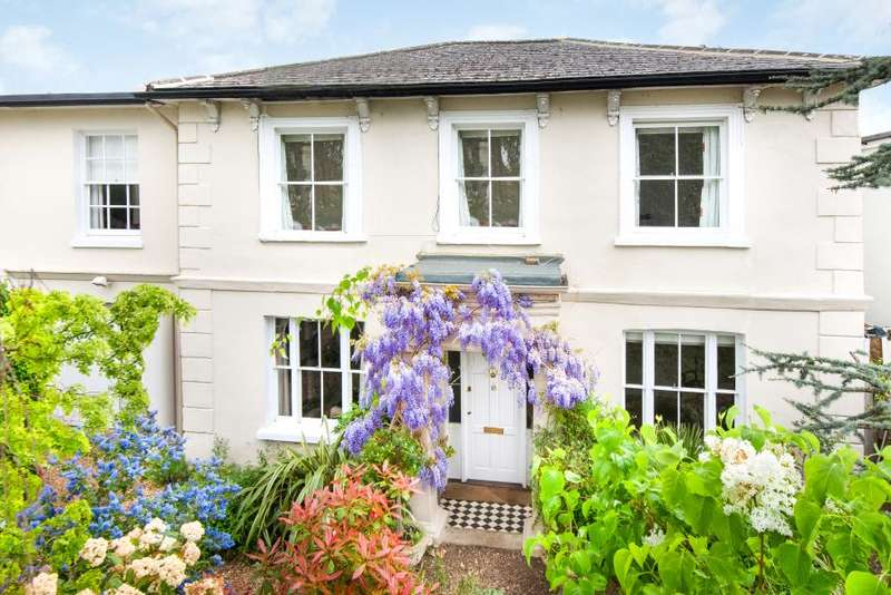 5 Bedrooms Detached House for sale in Belmont Road, Twickenham Green, TW2