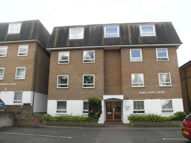 2 Bedrooms Flat for sale in Park View Court, Chinbrook Road, Lee, SE12