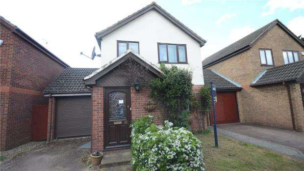3 Bedrooms Detached House for sale in Holmlea Road, Datchet