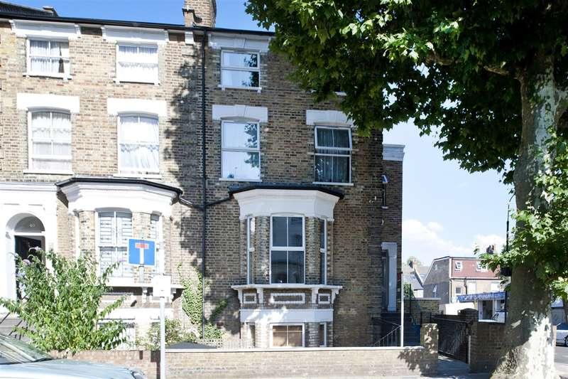 3 Bedrooms Maisonette Flat for sale in Loftus Road, Shepherd's Bush