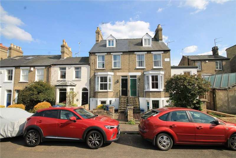 3 Bedrooms Terraced House for sale in Halifax Road, Cambridge, CB4
