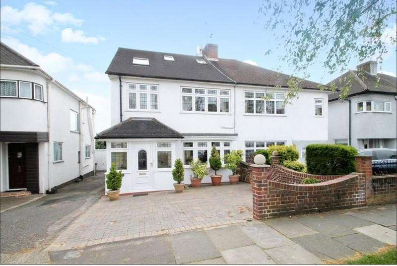 4 Bedrooms Semi Detached House for sale in Whitegate Gardens, Harrow, Middx, HA3