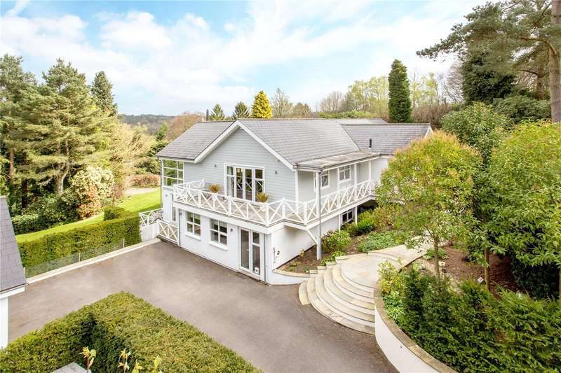 5 Bedrooms Detached House for sale in Square Drive, Haslemere, Surrey, GU27