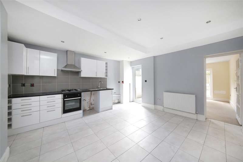2 Bedrooms Apartment Flat for sale in Queen Mary Road, Crystal Palace