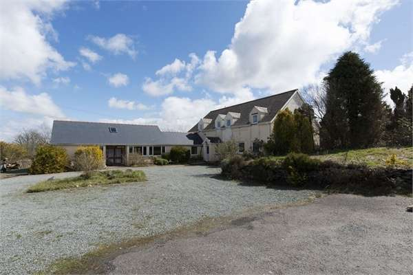 8 Bedrooms Detached House for sale in Boncath, Blaenffos, Boncath, Pembrokeshire