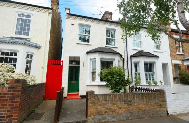 3 Bedrooms End Of Terrace House for sale in Fulwell Road, Teddington