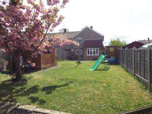 3 Bedrooms End Of Terrace House for sale in Warren Wood Road, Rochester, Kent