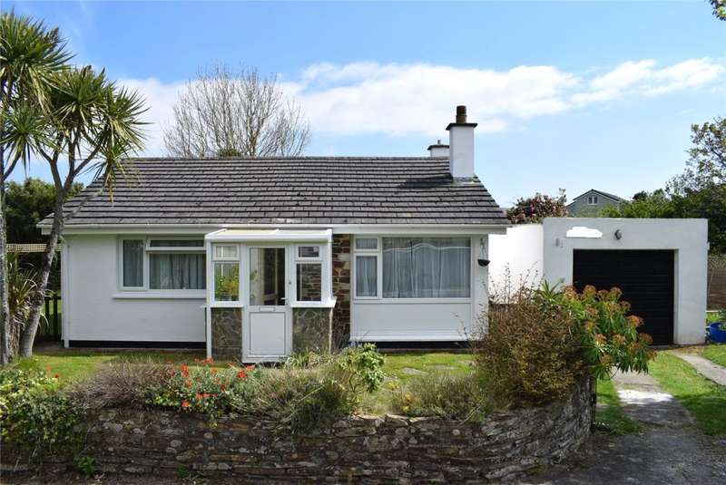 3 Bedrooms Detached Bungalow for sale in Nancegollan, Nr. Helston