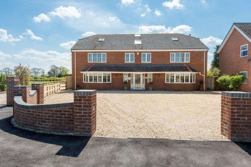 6 Bedrooms Detached House for sale in Steeple Barns, Warren Hill, Stadhampton, Oxford, Oxfordshire