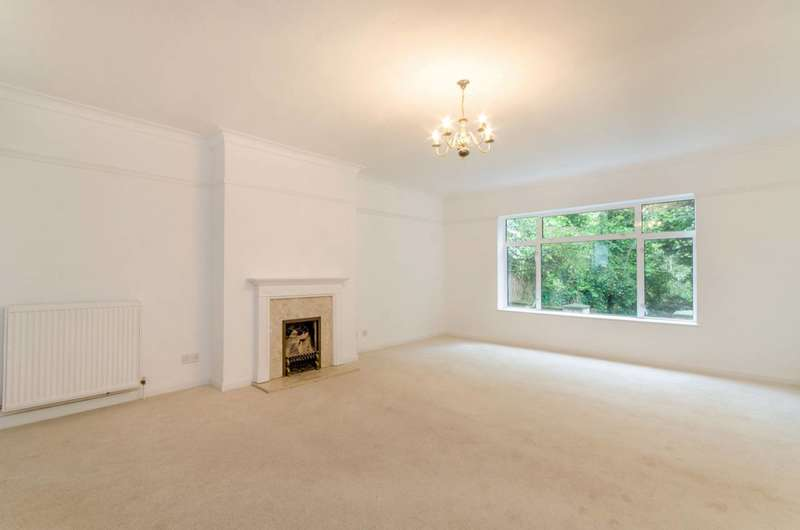 3 Bedrooms Semi Detached House for sale in Raydean Road, High Barnet, EN5