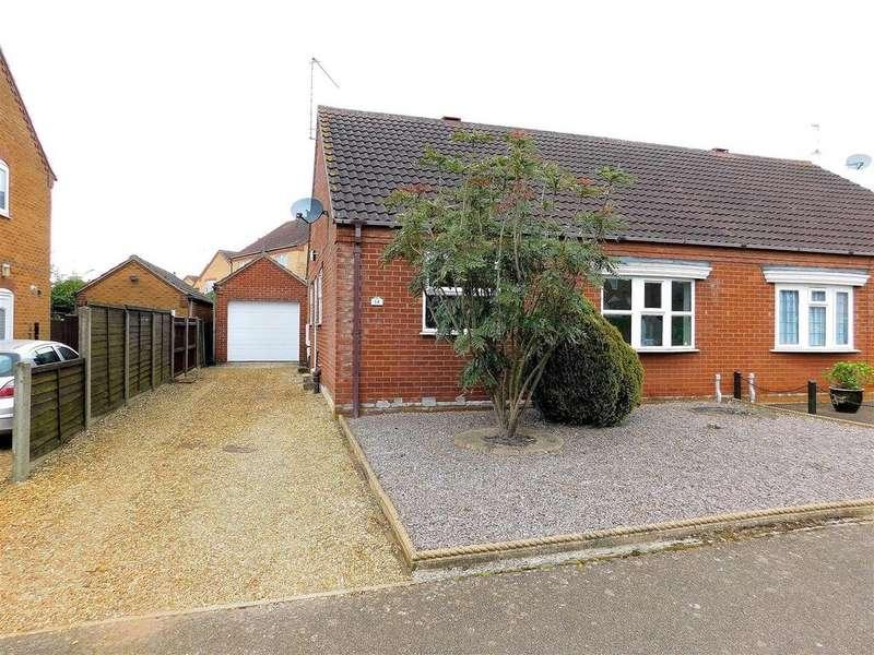 2 Bedrooms Semi Detached Bungalow for sale in Hipkin Road, Dersingham, King's Lynn