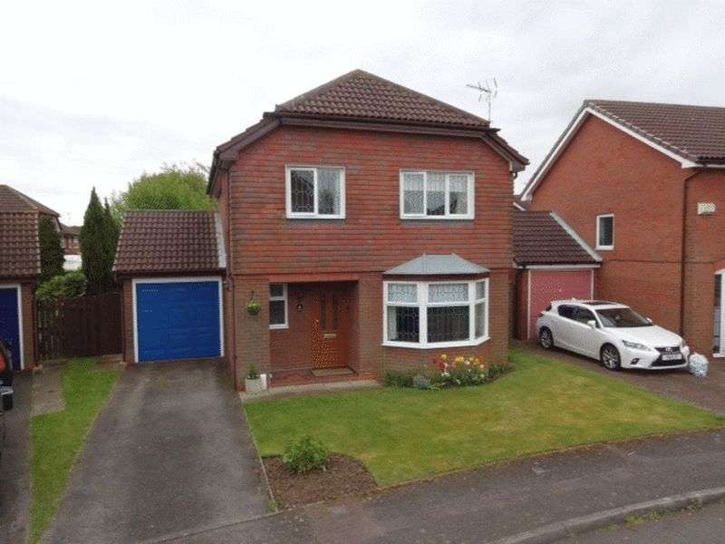 4 Bedrooms Detached House for sale in Sworder Close, Luton