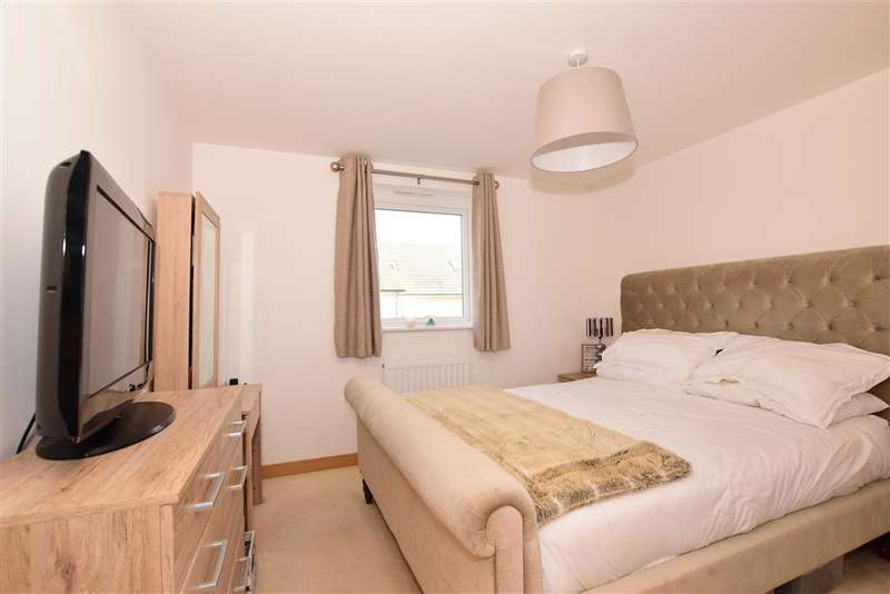 1 Bedroom Flat for sale in Olympia Way, Whitstable, Kent