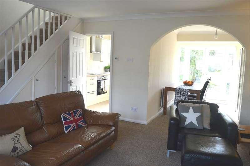 3 Bedrooms House for sale in Lonsdale Crescent, Dartford