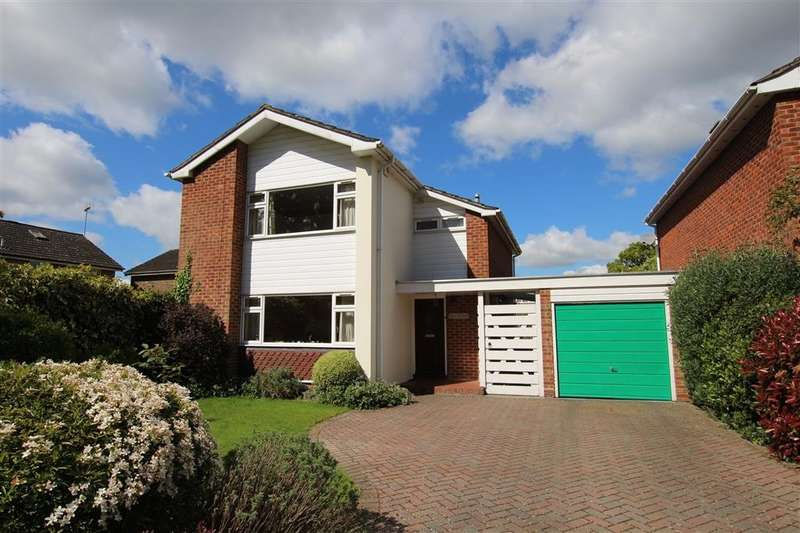 3 Bedrooms Detached House for sale in Sulham Lane, Pangbourne, Reading, RG8