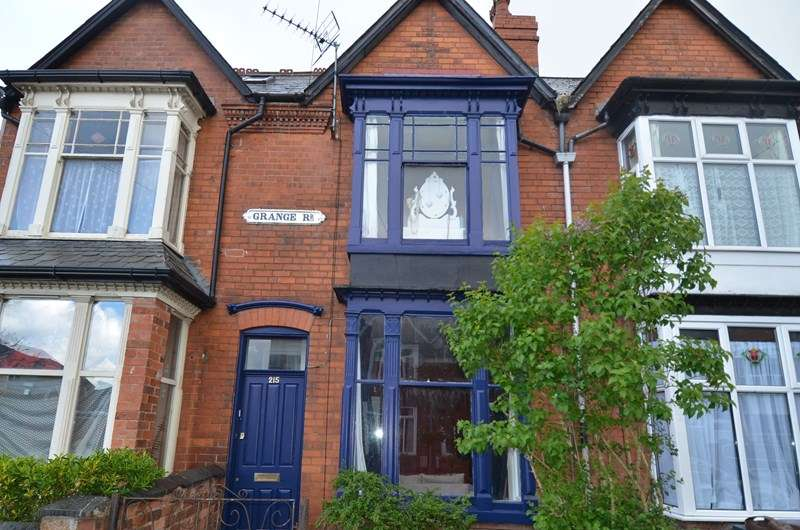 3 Bedrooms Terraced House for sale in Grange Road, Kings Heath, Birmingham