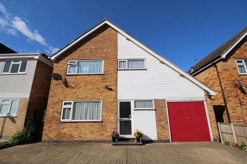 3 Bedrooms Detached House for sale in Penclose Road, Fleckney
