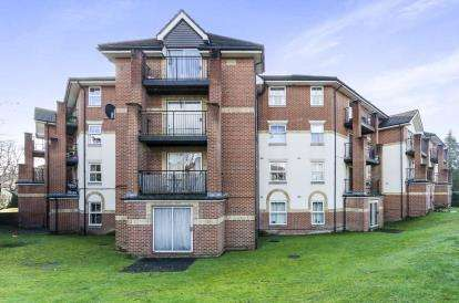 2 Bedrooms Flat for sale in 20 Archers Road, Southampton, Hampshire