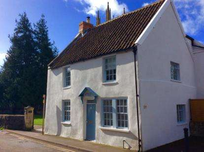 3 Bedrooms Detached House for sale in Wells, Somerset