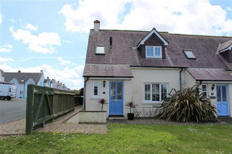 2 Bedrooms Property for sale in Beachfields, Broad Haven, Haverfordwest