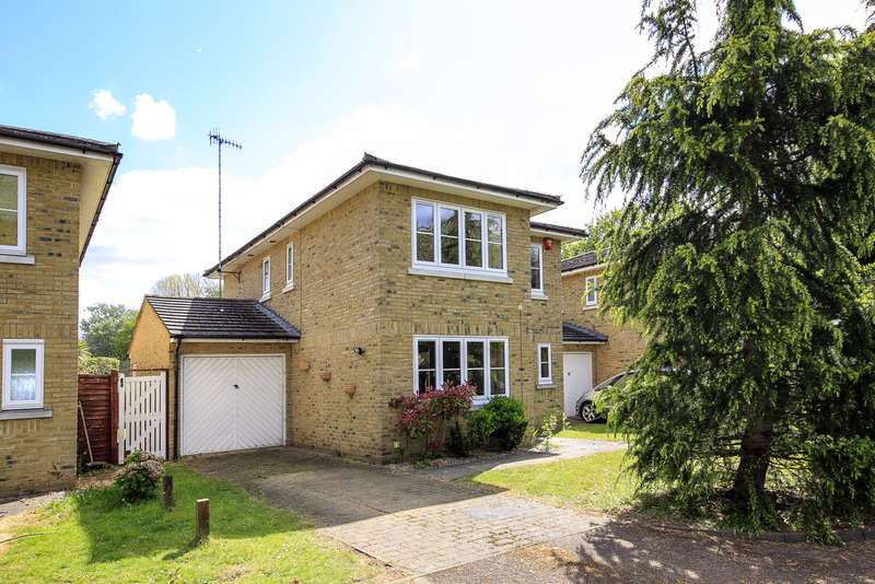 4 Bedrooms Detached House for sale in Amberside Close, Whitton