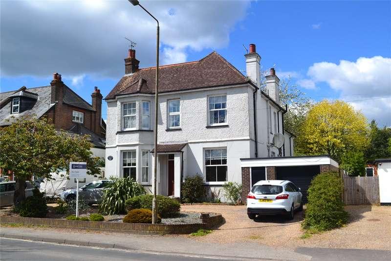4 Bedrooms Detached House for sale in Hempstead Road, Bovingdon, Hemel Hempstead, Hertfordshire, HP3