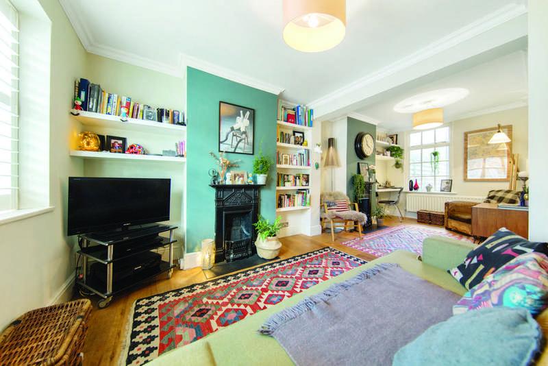 2 Bedrooms Terraced House for sale in Wellfield Road, SW16