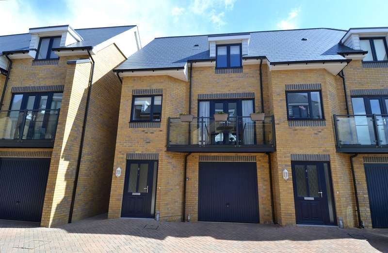 2 Bedrooms Semi Detached House for sale in Barton Mews, Westmeads Road, Whitstable
