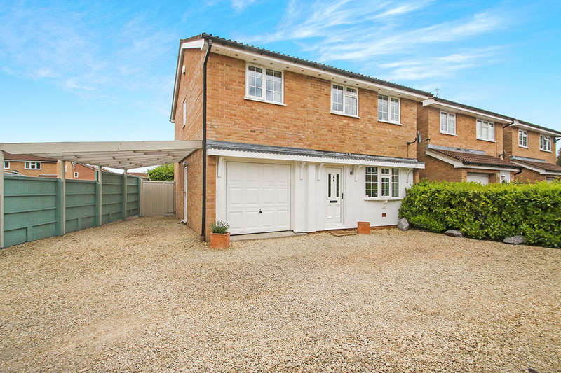 4 Bedrooms Detached House for sale in Ashbourne Crescent, Taunton, TA1