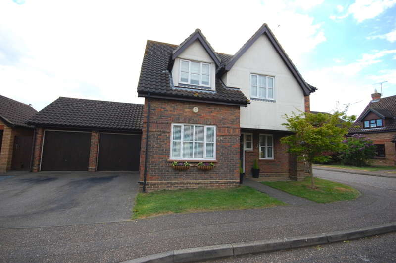 4 Bedrooms Detached House for sale in Dolby Rise, Chelmer Village, Chelmsford, CM2