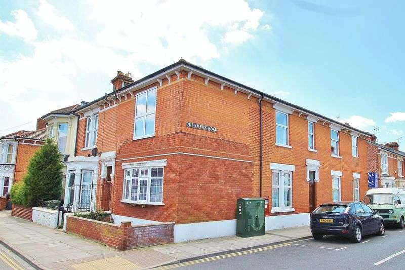 2 Bedrooms Flat for sale in Francis Avenue, Southsea