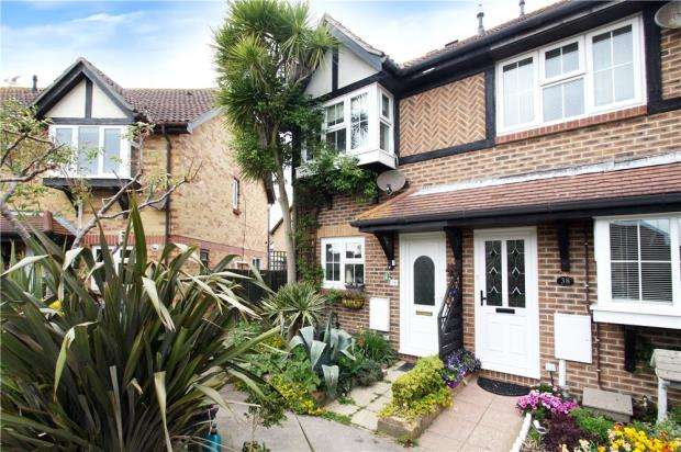 2 Bedrooms End Of Terrace House for sale in The Faroes, Littlehampton, West Sussex, BN17