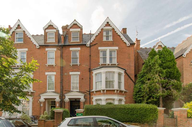 1 Bedroom Flat for sale in Parliament Hill, Hampstead, NW3