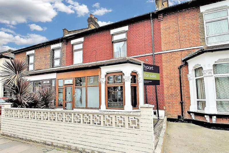 4 Bedrooms Terraced House for sale in Dudley Road, Ilford, Essex