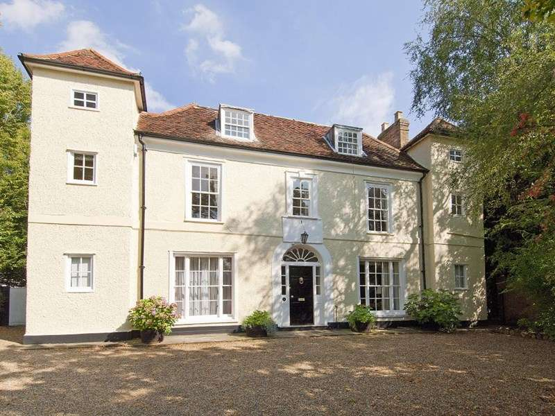 6 Bedrooms Detached House for sale in Mulberry Green, Old Harlow, Essex