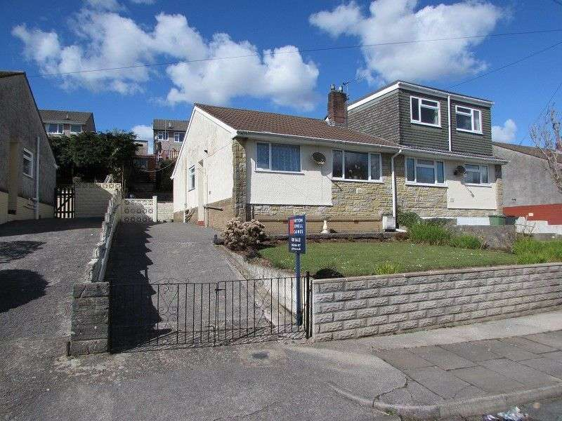 2 Bedrooms Semi Detached Bungalow for sale in St Peters Close, Llanharan, Pontyclun, Rhondda Cynon Taff. CF72 9SD