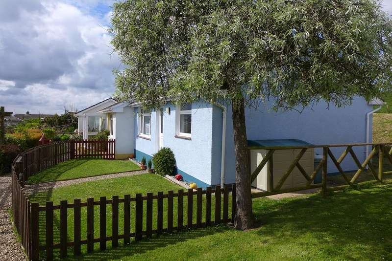 2 Bedrooms Semi Detached Bungalow for sale in Keeston Hall Bungalows, Keeston