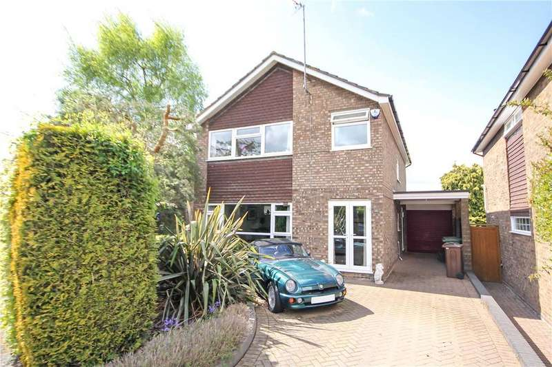 4 Bedrooms Detached House for sale in Thornbury, Harpenden, Hertfordshire