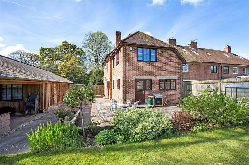 4 Bedrooms End Of Terrace House for sale in Salisbury Road, Sherfield English, Hampshire, SO51