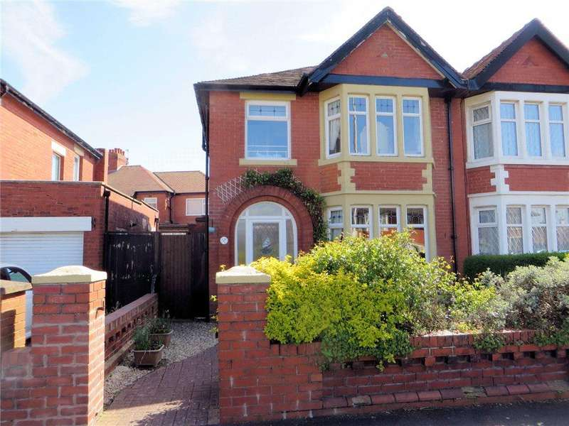 3 Bedrooms Semi Detached House for sale in Warbreck Hill Road, Bispham, Blackpool