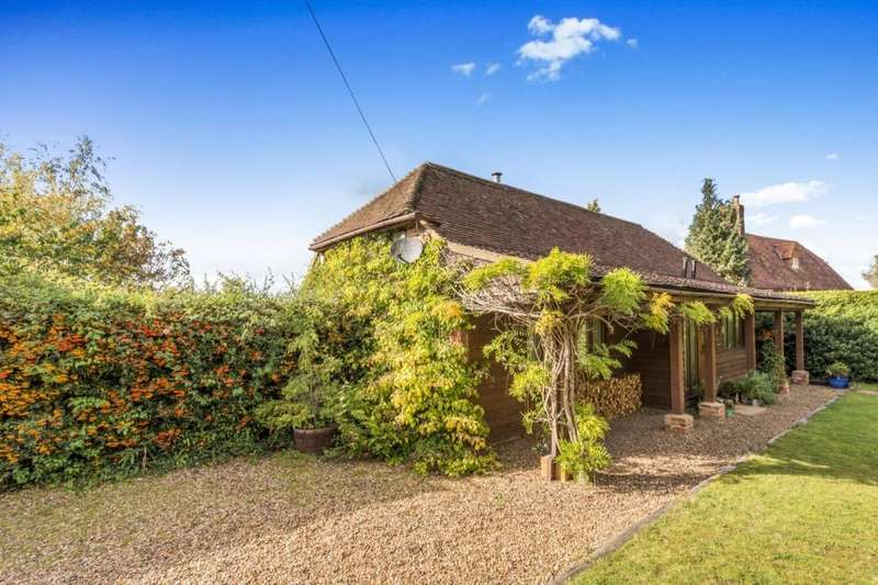 3 Bedrooms Detached House for sale in Old Farm Shop North Road, Goudhurst, TN17