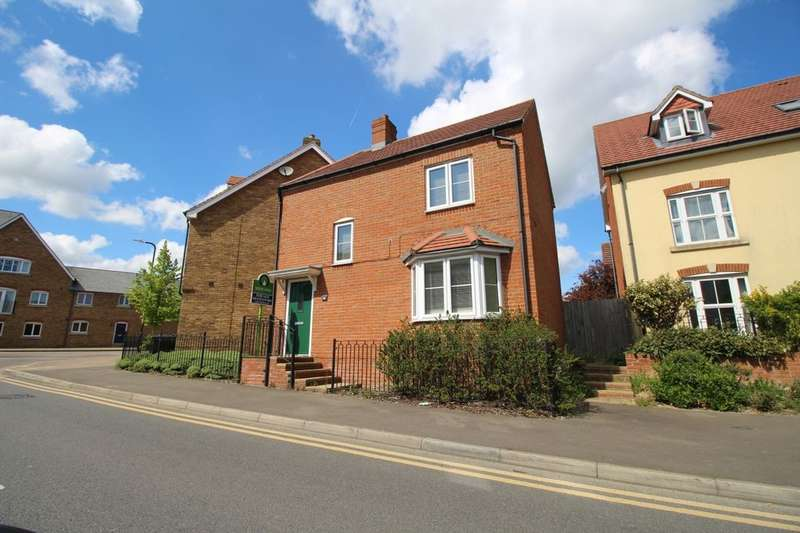 3 Bedrooms Semi Detached House for sale in Violet Way, Kingsnorth, Ashford, TN23