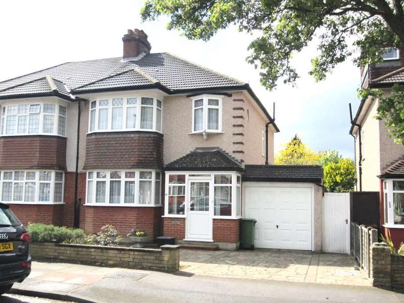 3 Bedrooms Semi Detached House for sale in Sherwood Way, West Wickham, Kent BR4