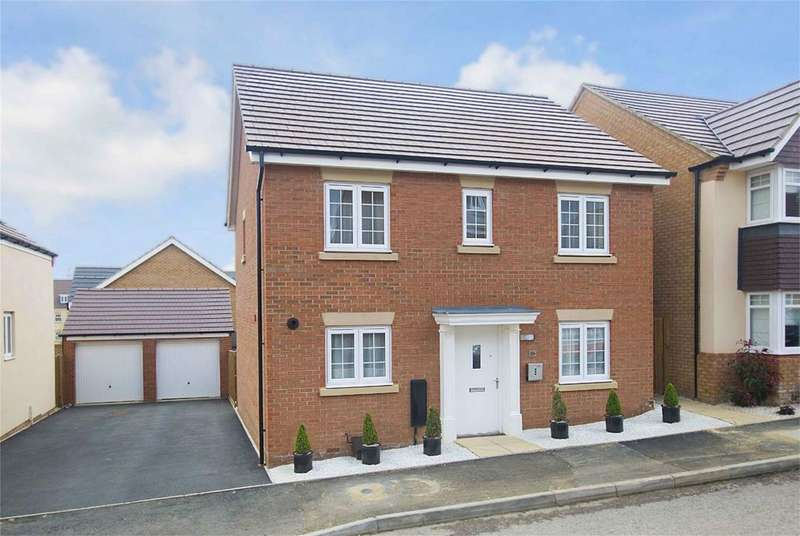 4 Bedrooms Detached House for sale in Pennine Close, Little Stanion, Northamptonshire