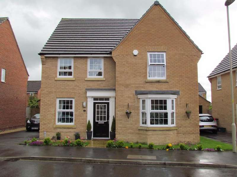 4 Bedrooms Detached House for sale in Woodlands Park, Pickering