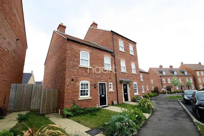3 Bedrooms Semi Detached House for sale in Saxon Way, Great Denham