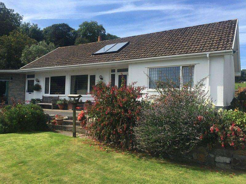 3 Bedrooms Detached Bungalow for sale in Oxwich, Swansea, City County of Swansea. SA3 1LS