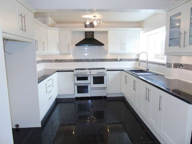 3 Bedrooms Terraced House for sale in Hawthorne Avenue, Penarth