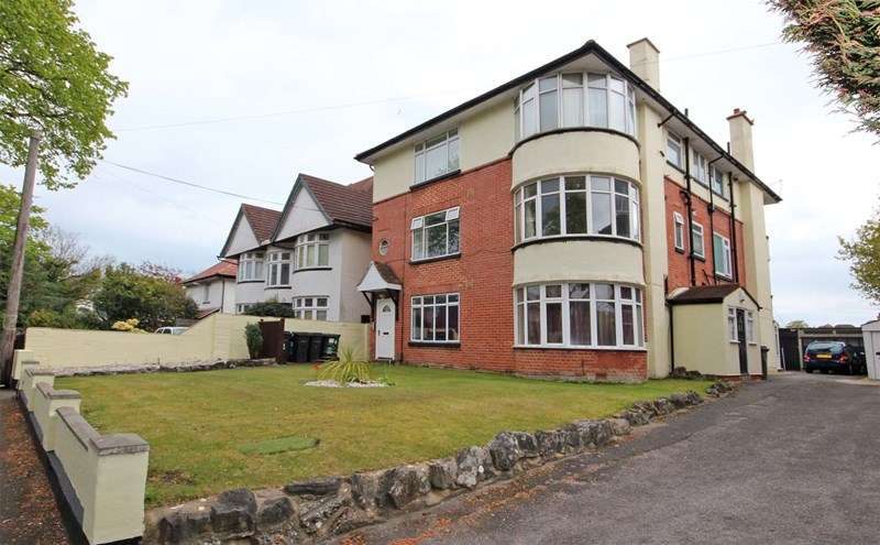 1 Bedroom Flat for sale in Wentworth Avenue, Portman Estate, Bournemouth
